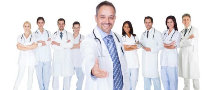Médecins invitant à faire partir de la communauté universitaire