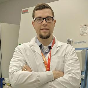 Dr. Scott McComb