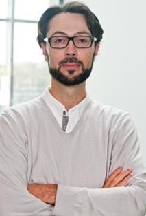 Dr Damien D'Amours