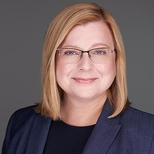 Dr Katalin Tóth
