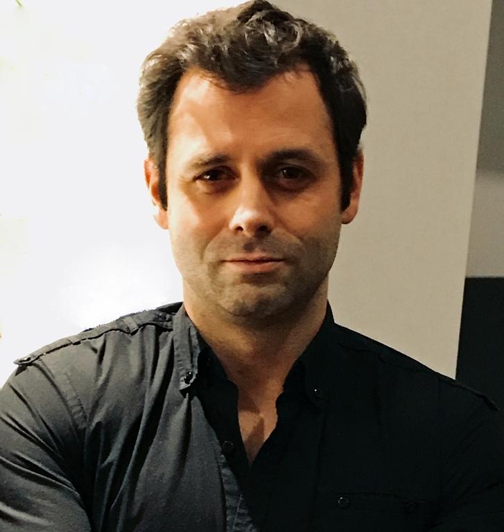 Dr. Yannick Benoît