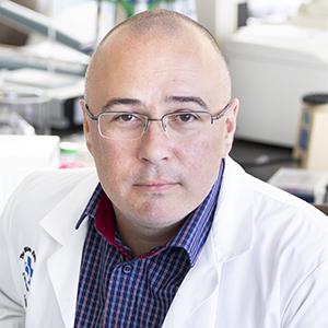 Dr. Daniel Coutu
