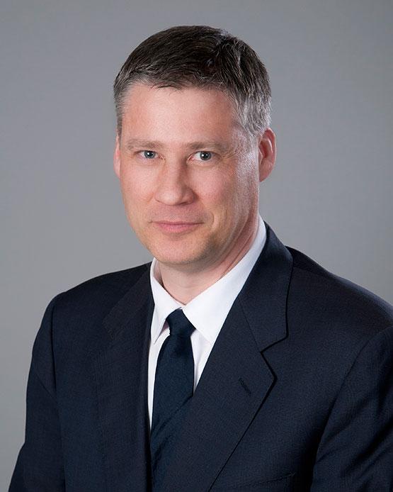 Dr Douglas Archibald