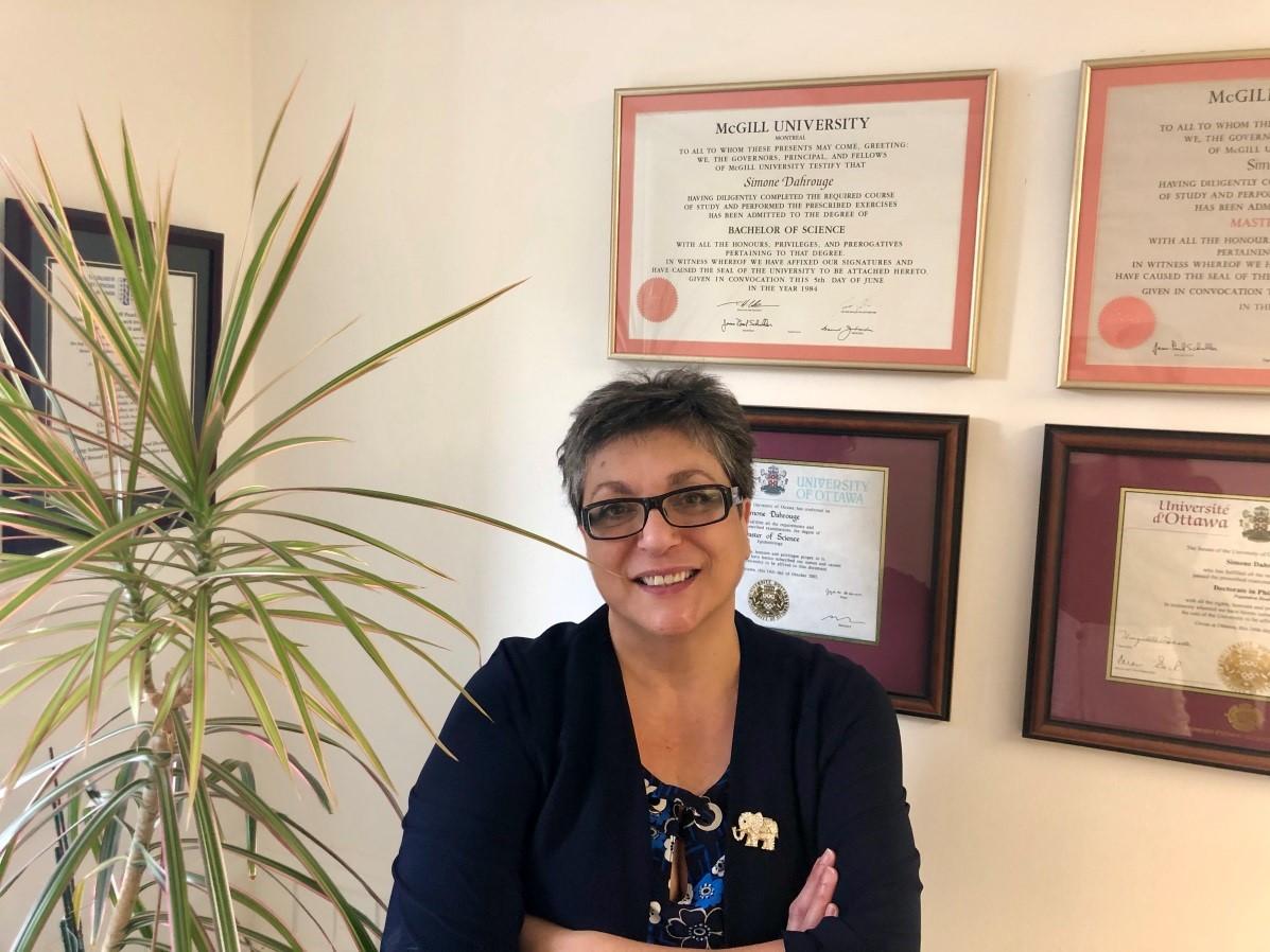 Dr. Simone Dahrouge