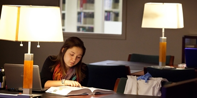 A student studying in the library