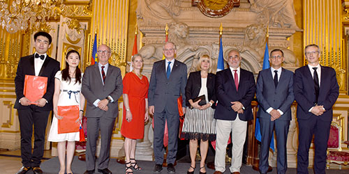 uOttawa leadership members together with representatives from two of university's international partners during an international event in Lyon