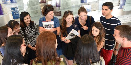 international students attending an international program at the faculty of medicine