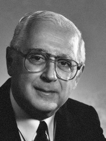 Dr. Gilles Hurteau (1976 – 1989)