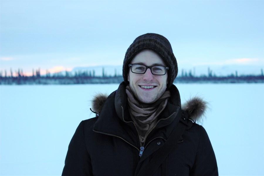 Curtis McCloskey à Aklavik, dans les Territoires du Nord-Ouest.