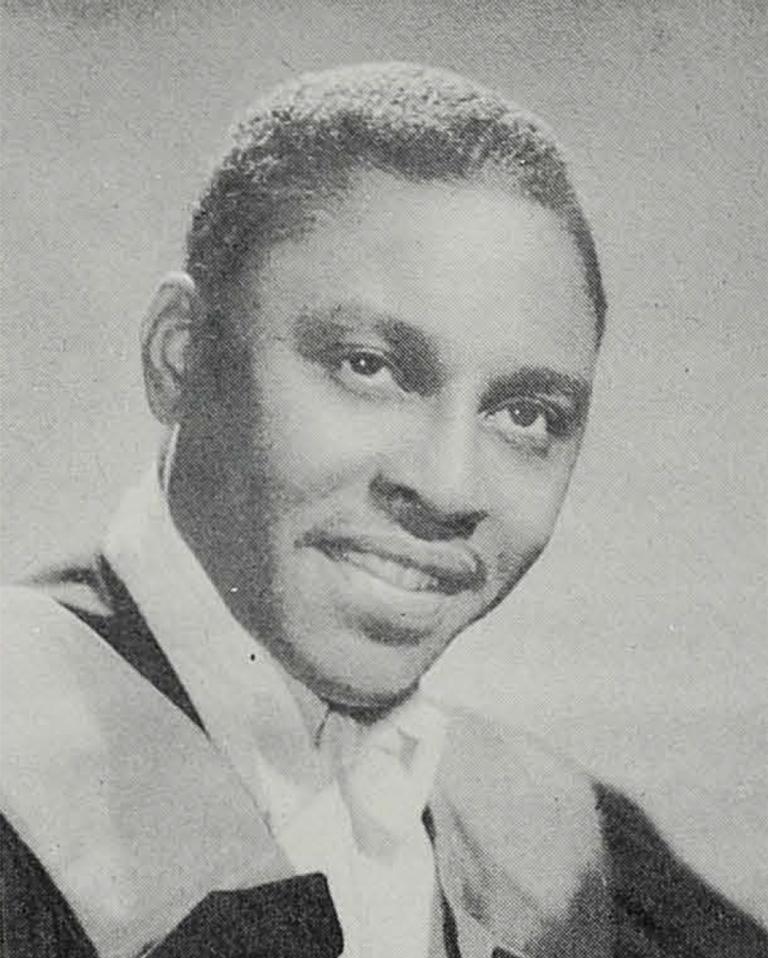 Une photo du Dr Charles Brimm.