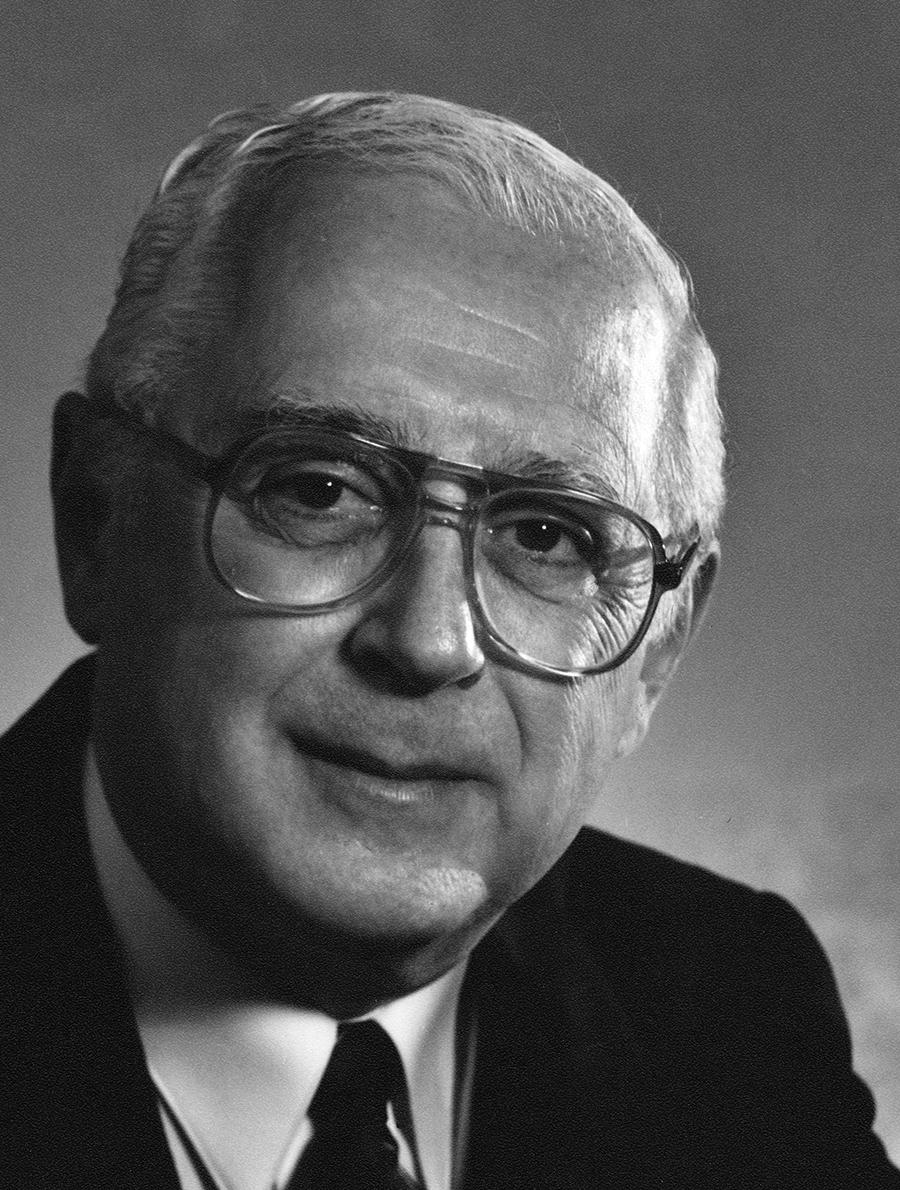 Dr. Gilles Hurteau