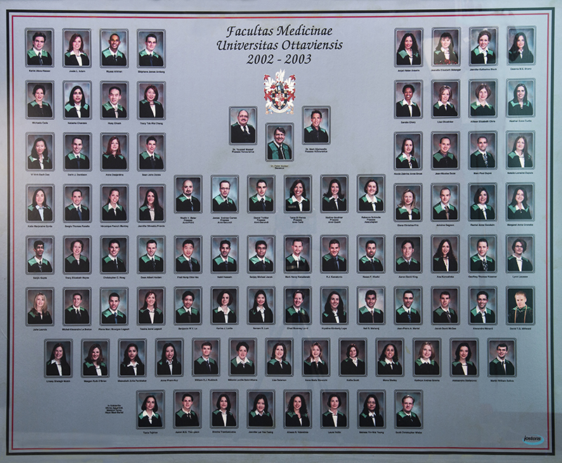 A photo of the University of Ottawa's MD Class of 2003 – Dr. Fric's graduating class at the Faculty of Medicine.