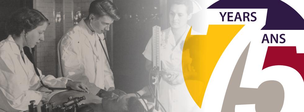 une image onirique de qualité ancienne, de deux jeunes docteurs et une jeune infirmière en blouse de laboratoire, a coté d'un image multicolore du chiffre 75