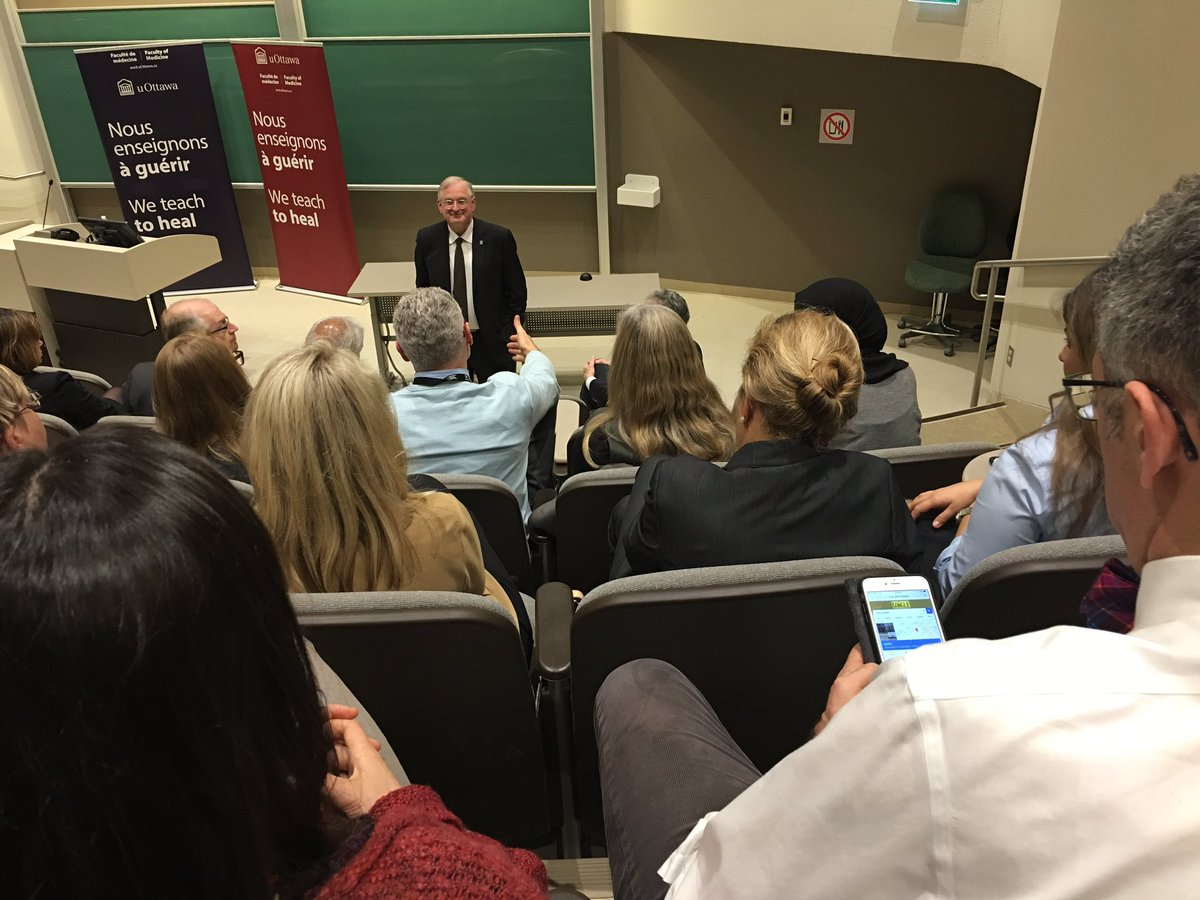 Picture of uOttawa President Jacques Frémont addressing the FoM during the Town Hall on Monday night