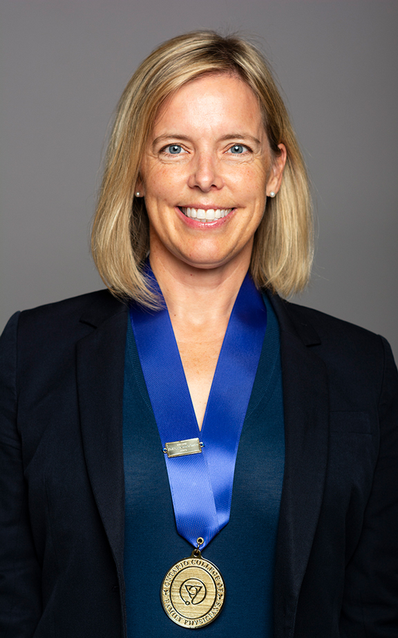 Photo of Dr. Elizabeth Muggah