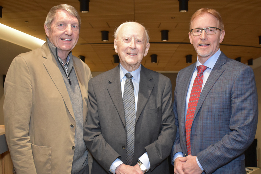 Two former deans of the Faculty of Medicine pose with the current dean.
