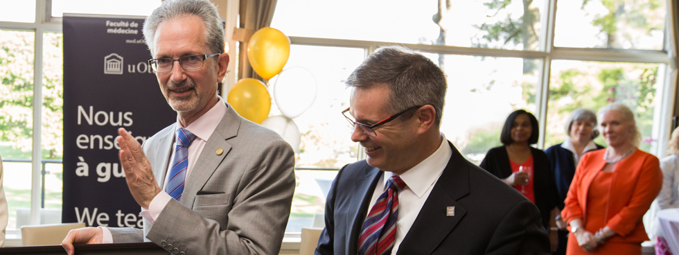 Photo of Dr. Jacques Bradwejn, Dean of the Faculty of Medicine and Louis de Melo, Vice-President External Relations. (Photo credit : Bonnie Findley)