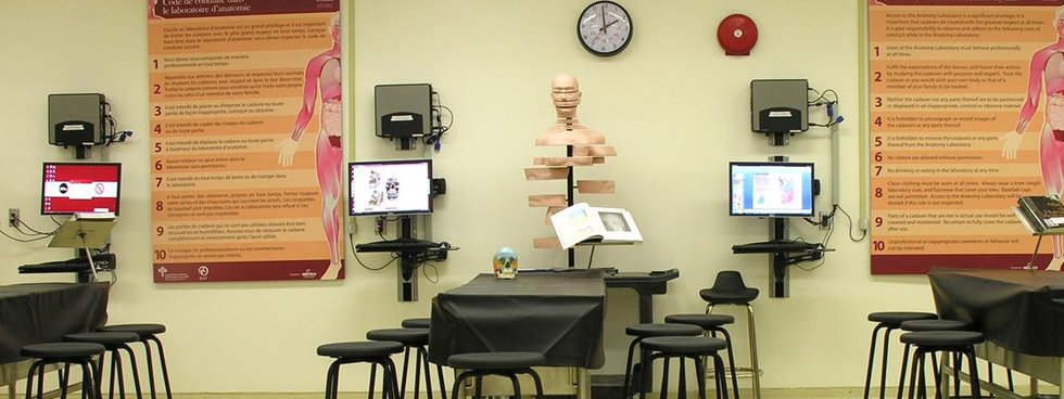 Photo of the anatomy lab.